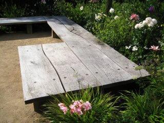 Prachtige natuurlijke houten bank