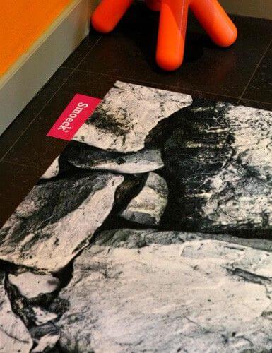 Geprinte vloerkleden rotsen