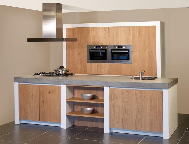 Voorbeeldkeukens ter inspiratie bij - Foto grijze keuken en hout ...