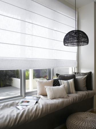 Eens iets anders vouwgordijnen op maat voor in je woonkamer - Een rechthoekige woonkamer geven ...