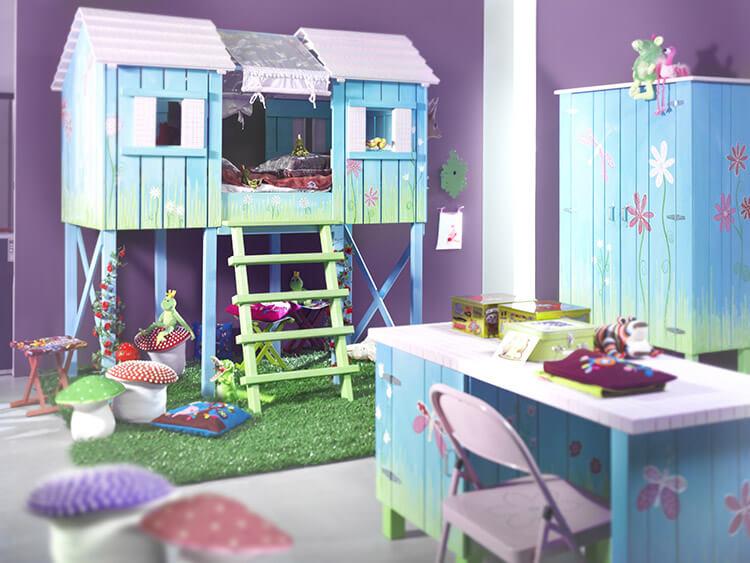 Kinderkamer apart bed