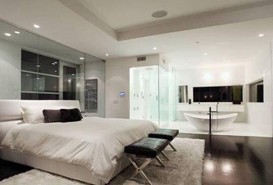 slaapkamer en badkamer ineen