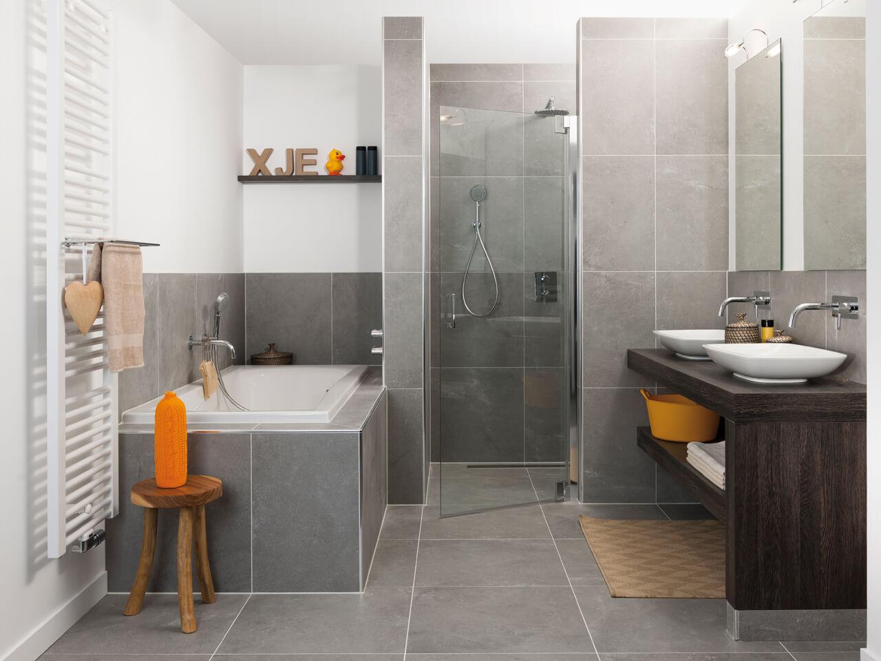 Tips voor een groot gevoel in je kleine badkamer for Fotos wc hangen tegel