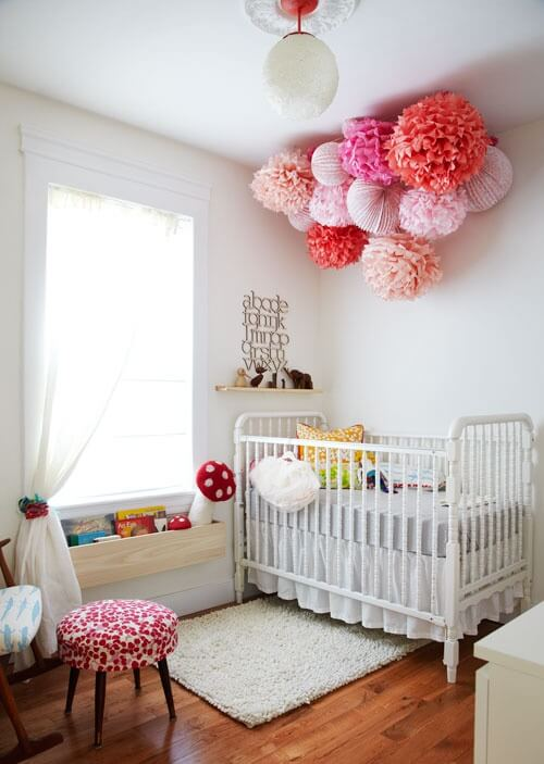 babykamer wit ledikant