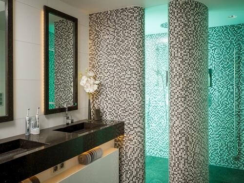 mozaiek badkamer goedkoop: bloempatroon glas mix metaal mozaïek, Badkamer