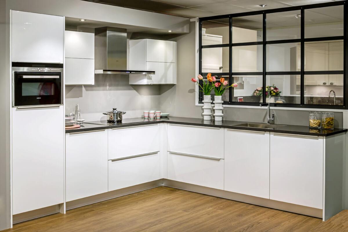 Hoogglans keuken (4)