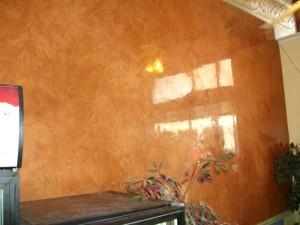 Venetiaans stucwerk in een woonkamer