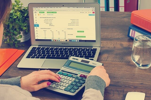 bookkeeping-615384_640