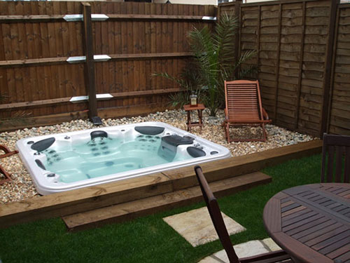 Een tuin een tweede woonkamer een tweede verzekering for Moderne tuin met jacuzzi