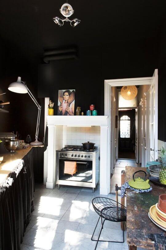 Donkere keuken 3