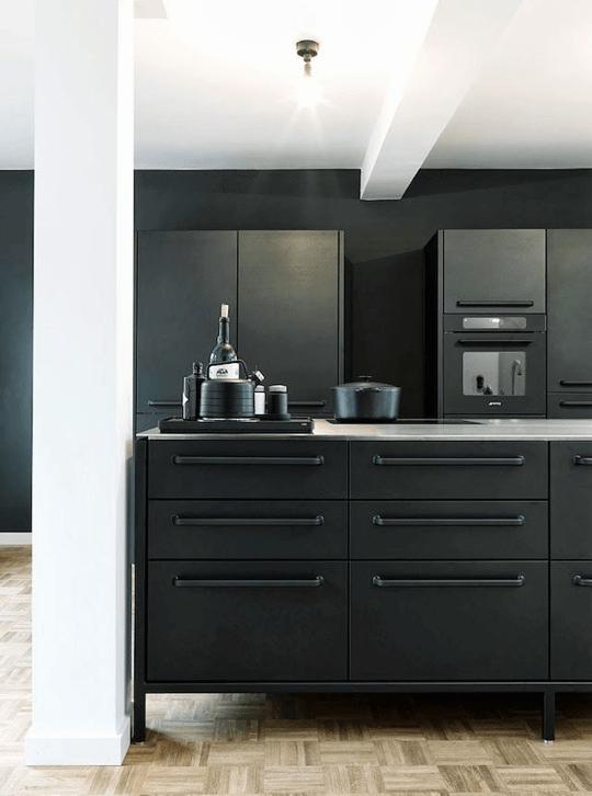 Donkere keuken 9