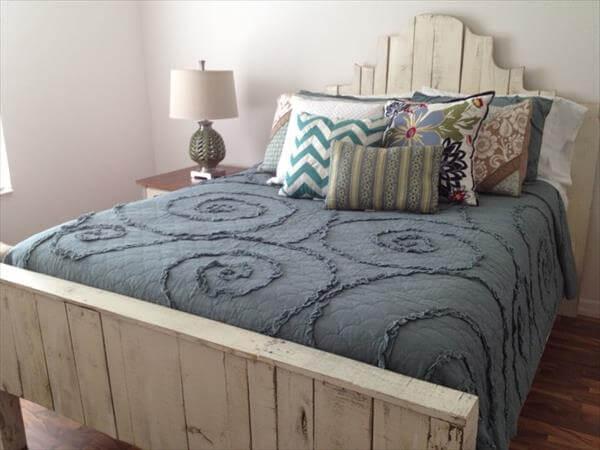 Bed bestaande uit ballethout