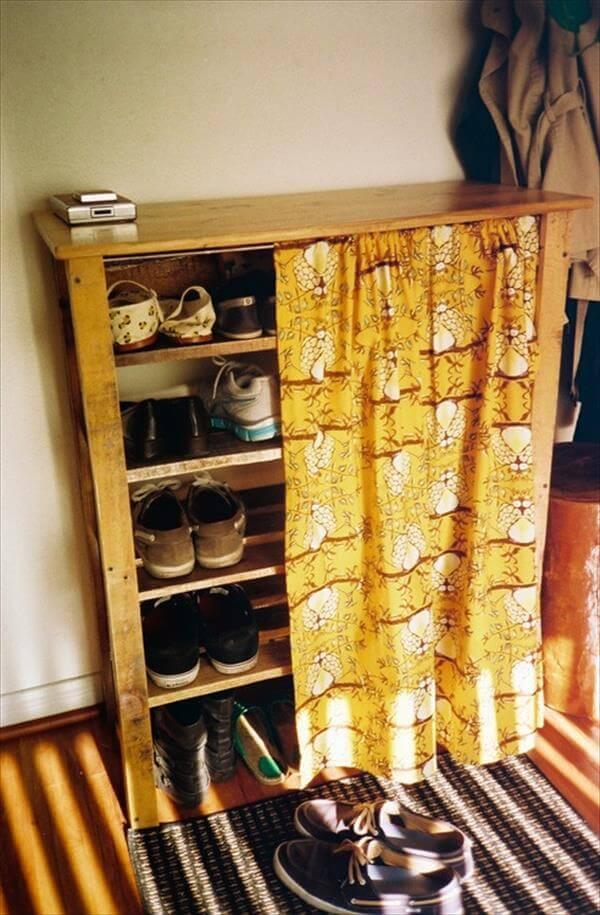 Mooie en compacte manier om schoenen weg te bergen