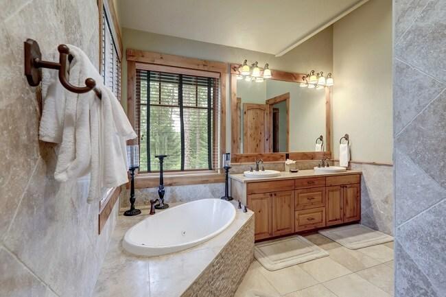 1. Rustieke badkamer