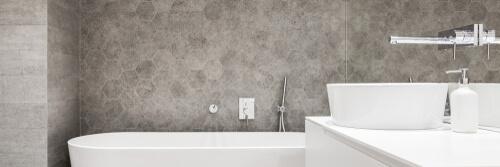 Zeshoekige badkamertegel ideeën