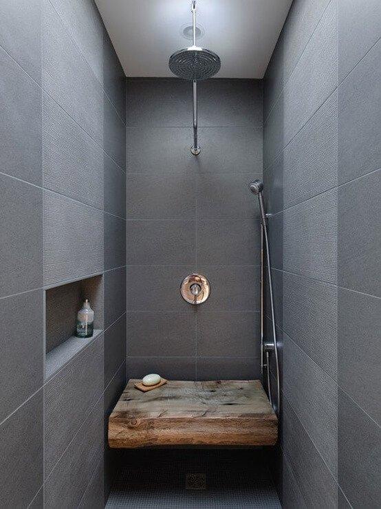 Grote badkamertegels