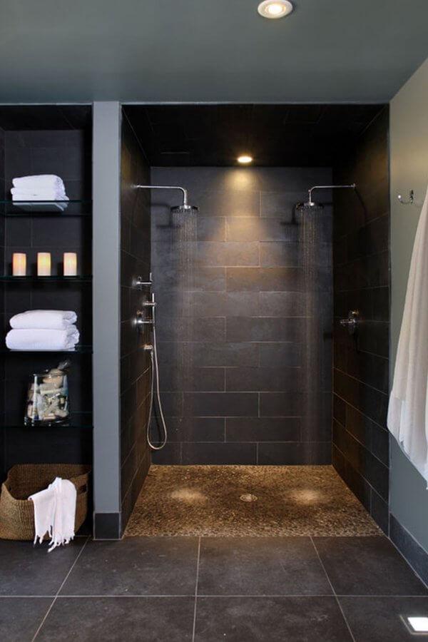 Keramisch badkamer