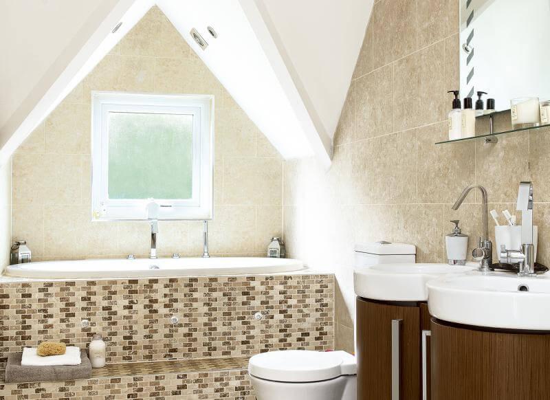 Kleine badkamer- vreemde vorm