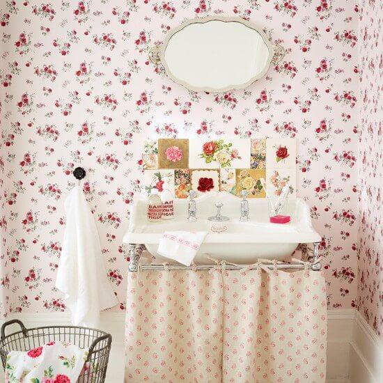 Bloemetjes vintage badkamer