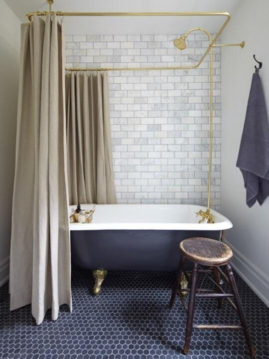 Hemelbad vintage badkamer