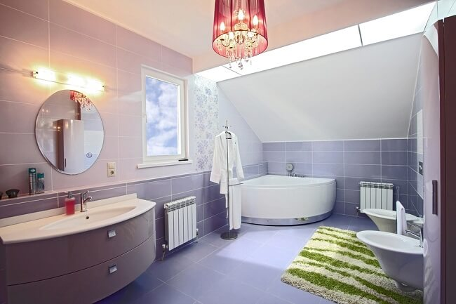 17. Lila badkamer