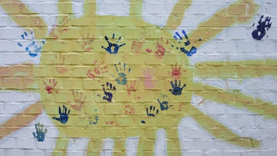 Handafdrukken in persoonlijke tuin