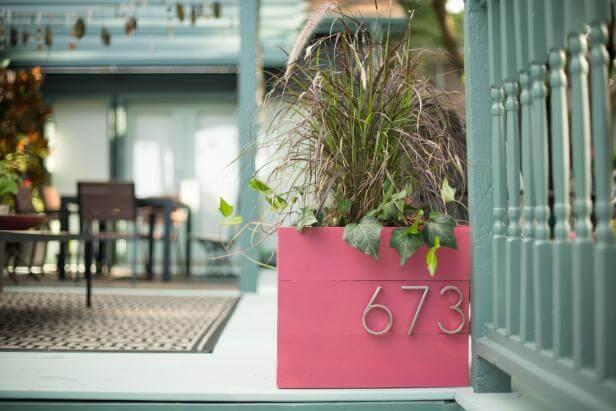 Plantenbak huisnummer - diynetwork.com