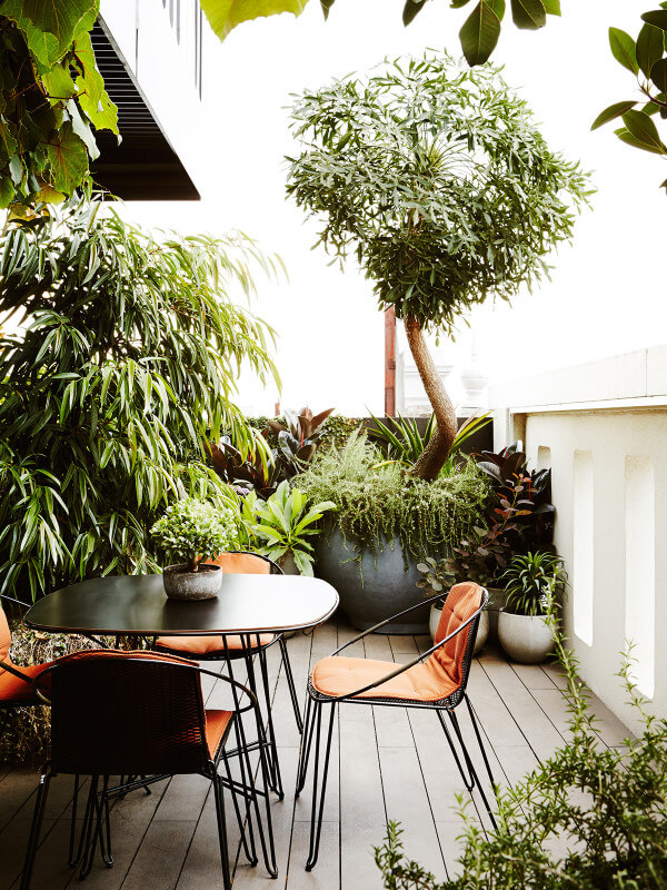 Balkon jungle - thedesignfiles.net