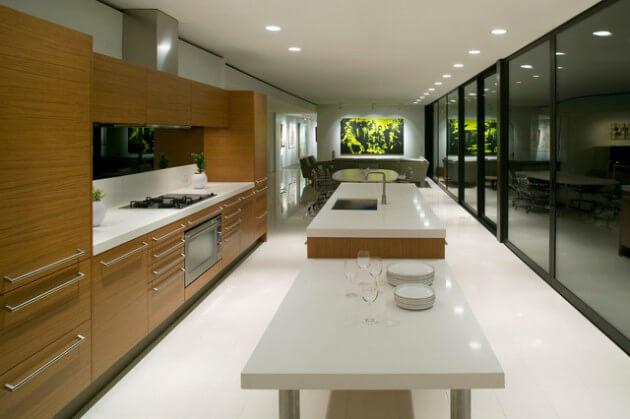 Langgerekte, smalle keuken