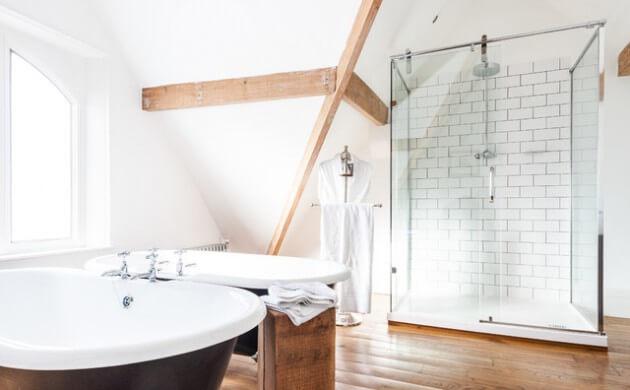 Luxe Scandinavische badkamer