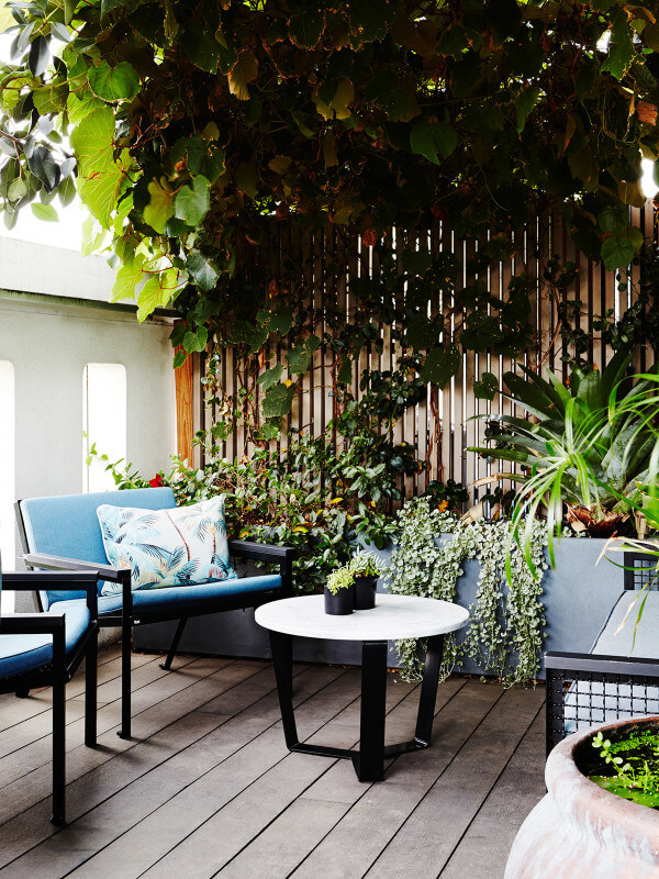 Patio jungle - thedesignfiles.net