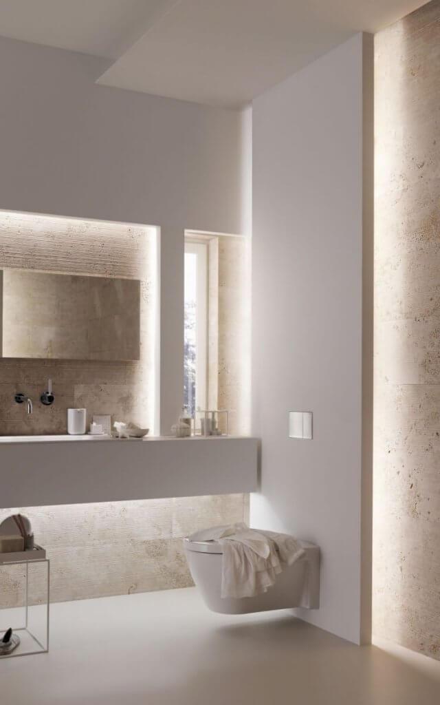 LED licht maakt een kleine badkamer groter