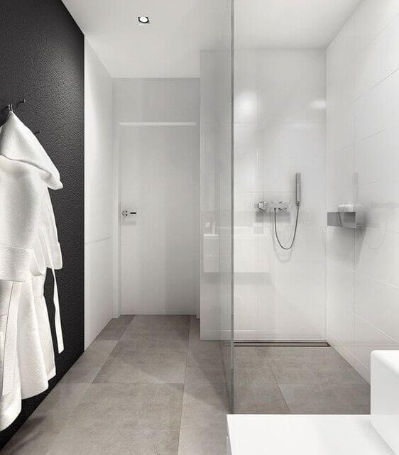 Minimalistische grote badkamer