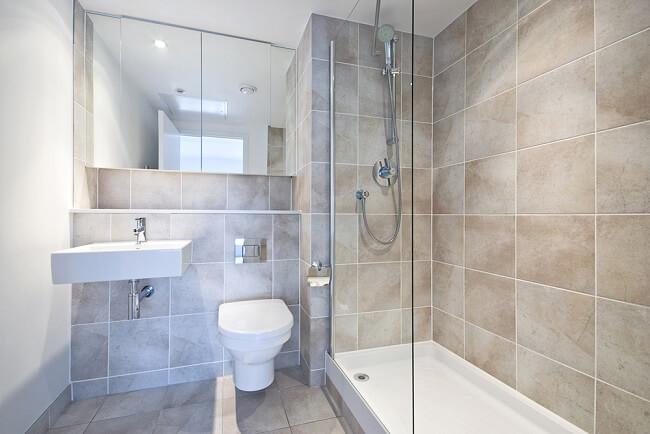 3. Natuursteen in de douche
