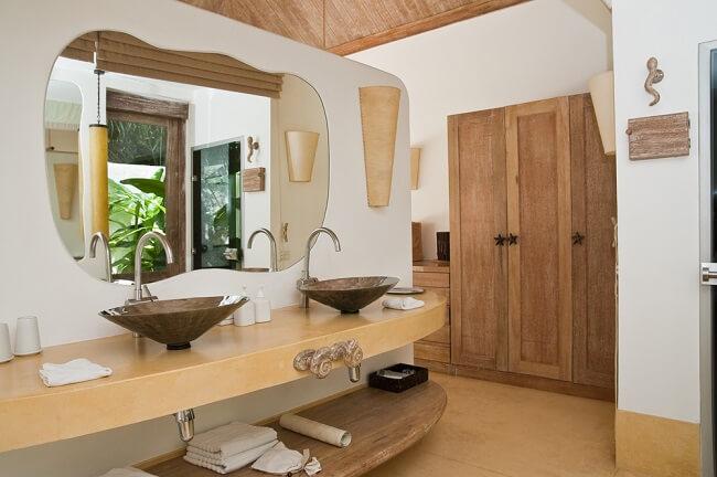 Grote, luxe oosterse badkamers en spa-ruimtes