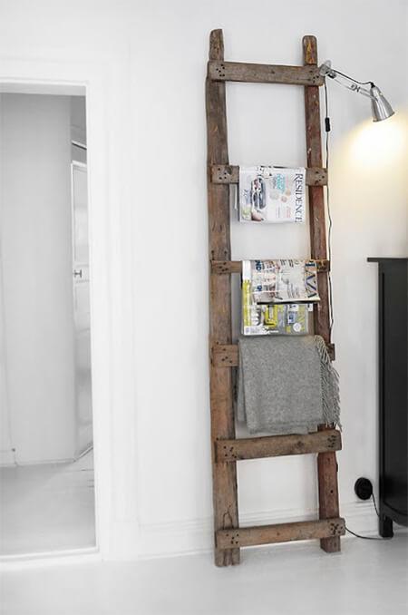 Houten ladder voor tijdschriften