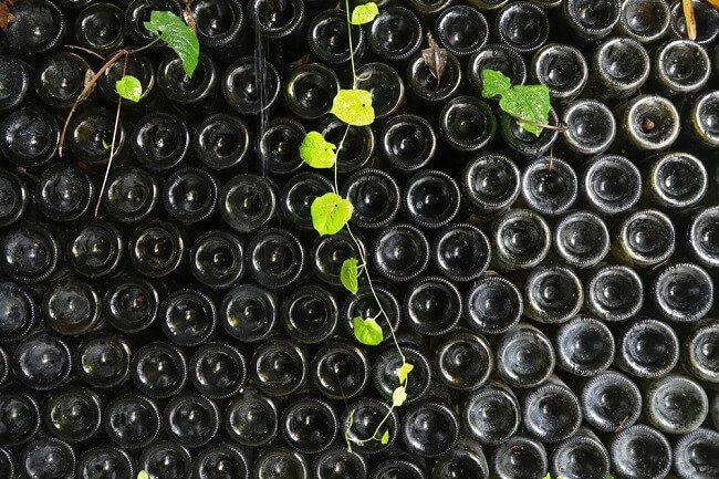 Afscheiding van wijnflessen