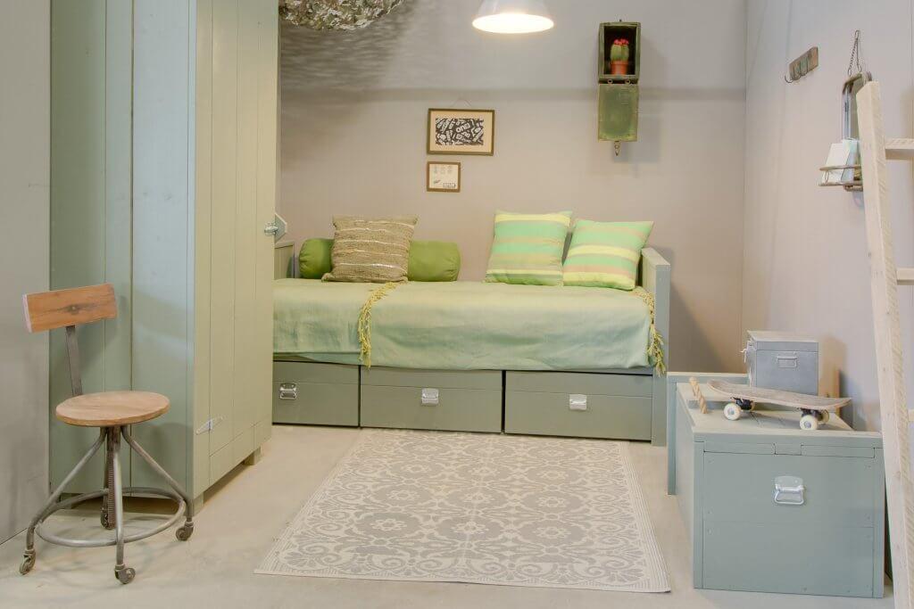 Kinderkamer met groene tinten