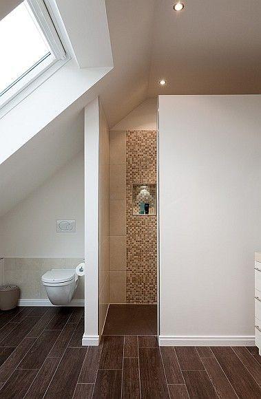 Badkamer met schuin dak 8 voorbeelden ter inspiratie ik woon fijn - Badkamer onder het dak ...