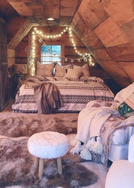 gezellige slaapkamer met lieve lichtjes