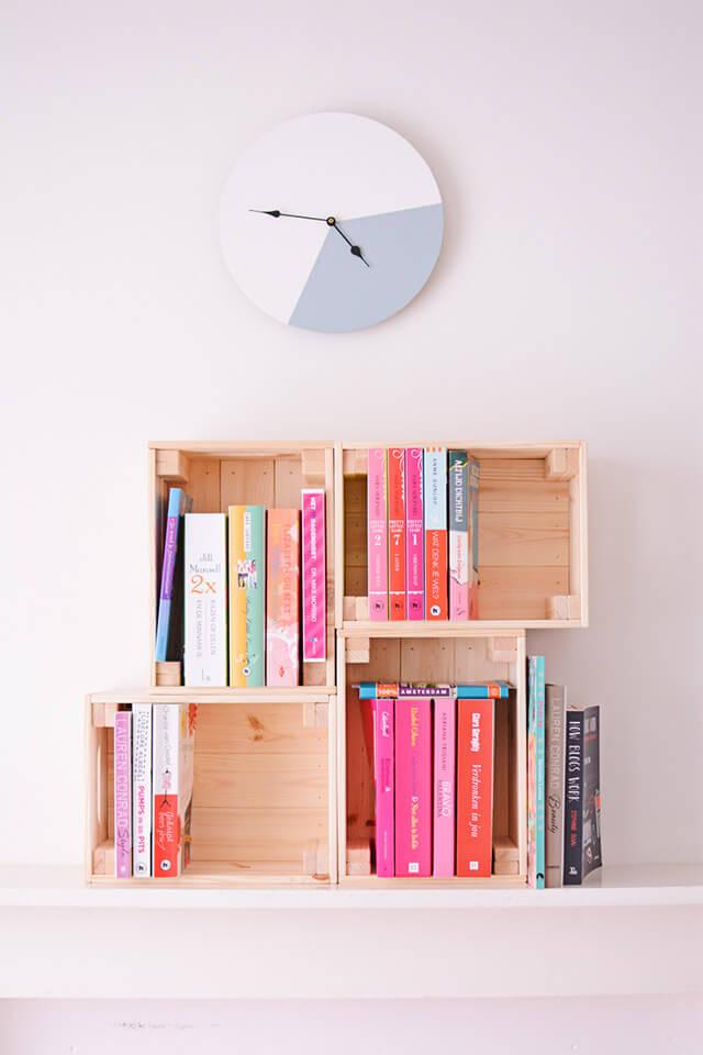 Kisten als boekenkast