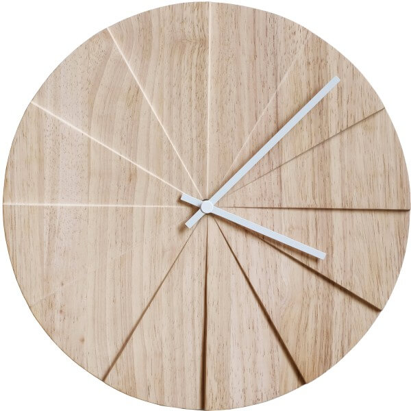 Moderne houten wandklok