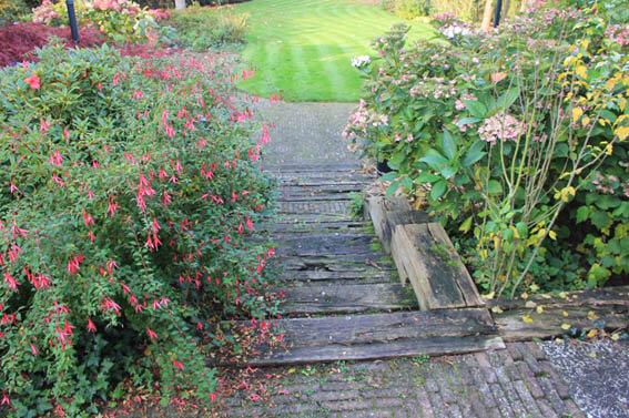 tuin met hoogteverschil den bosch voor
