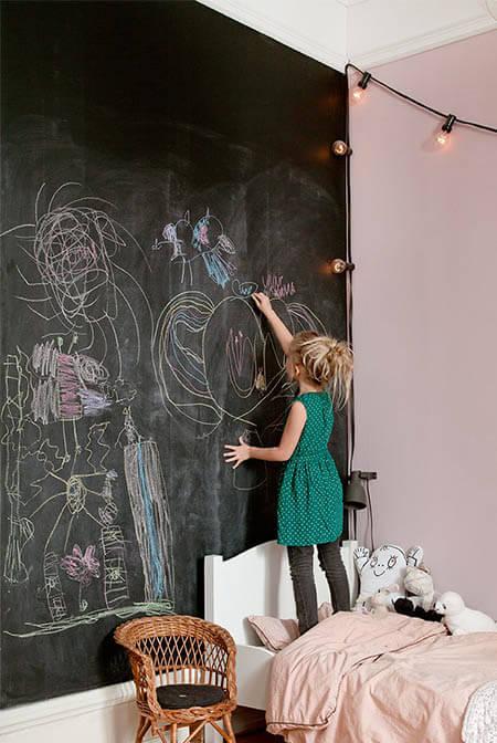 leuke-ideeen-voor-kinderkamer-krijtwand