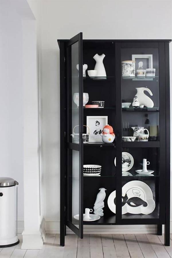 7 servieskasten voor jouw woonkamer: zwart