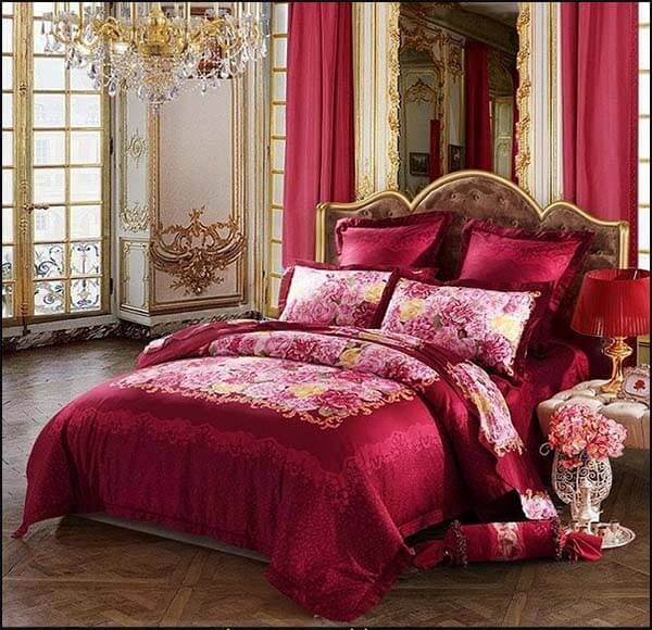 Barok slaapkamer rood
