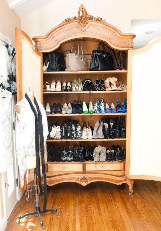 Barokke schoenenkast