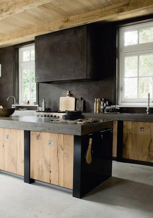 Industriele keuken met combinatie van hout en beton
