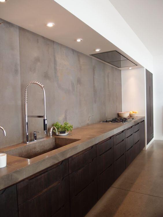 Industriële keuken van glad beton