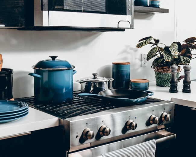 Kleine industriële keuken